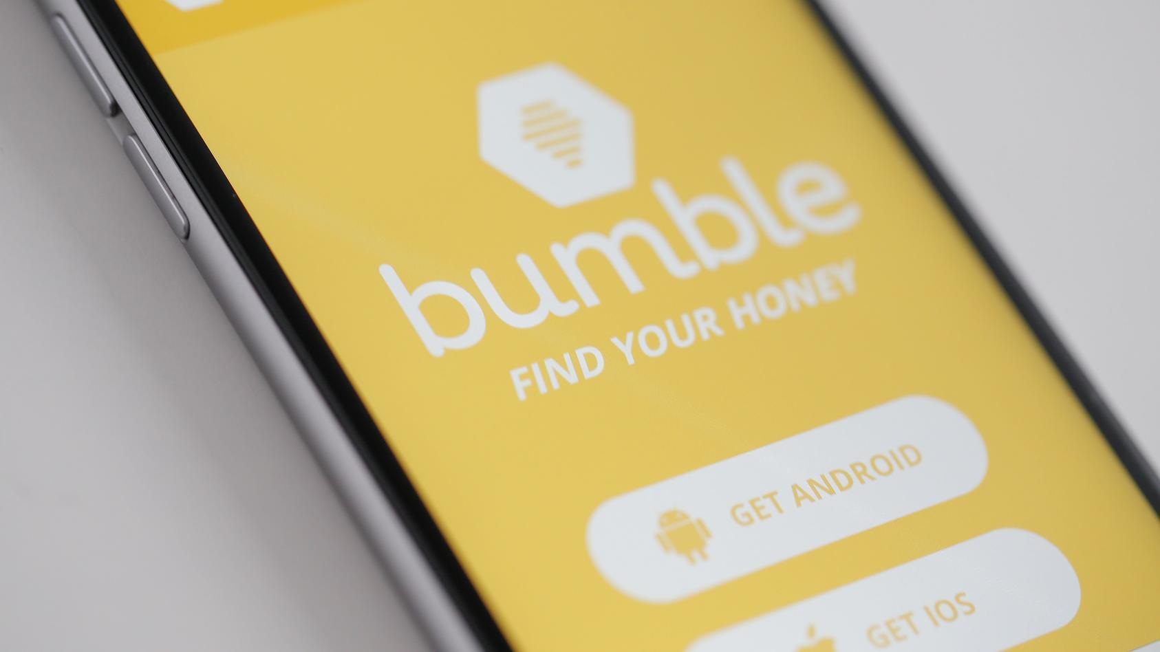 Bumble bringt uns etwas Neues auf den Dating-Markt: Den Sternzeichen-Filter.