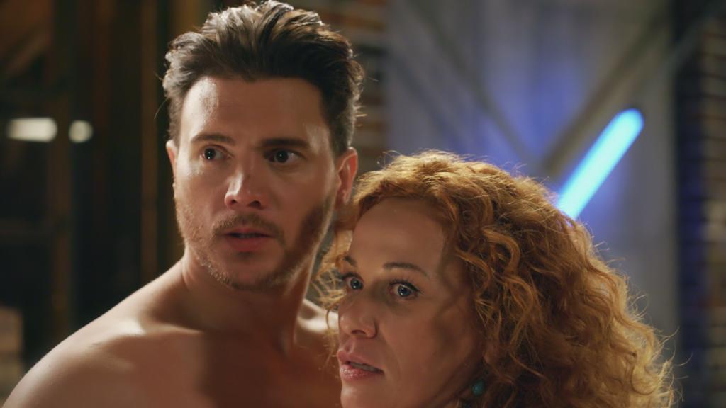 AWZ: Ronny und Brigitte werden beim Sex unterbrochen.