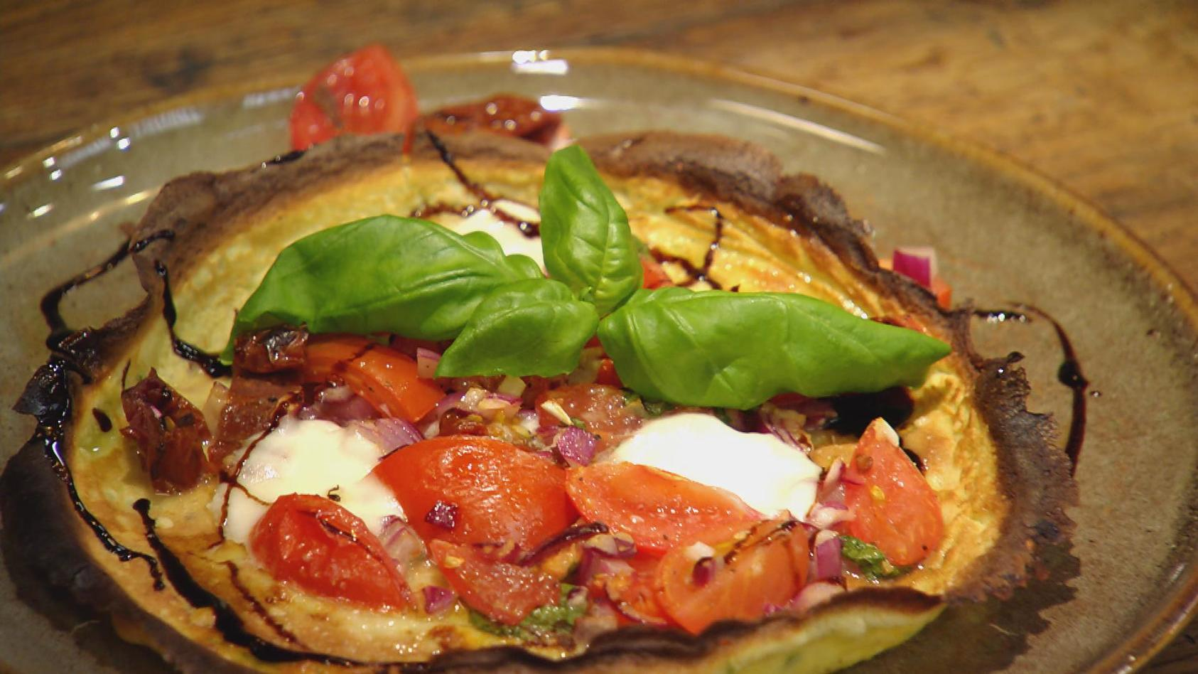 Einfach. Lecker. Italien!: Pfannkuchen Caprese