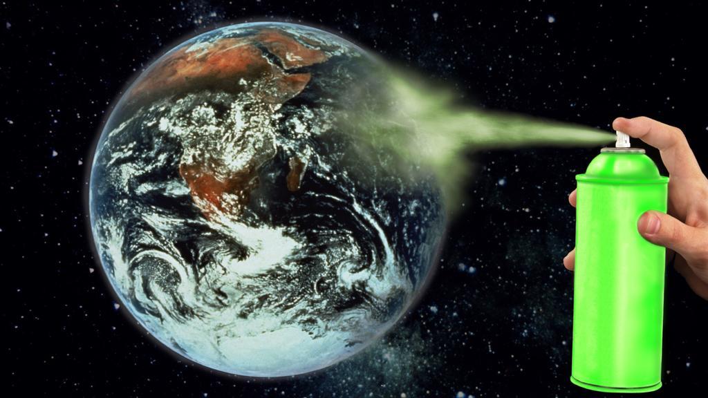 FRA, 2009: Eine Erdkugel wird aus dem All mit einer Spruehdose besprueht. [en] Planet Earth being symbolicly sprayed from space by a spray-can. | FRA, 2009: Planet Earth being symbolicly sprayed from space by a spray-can. |