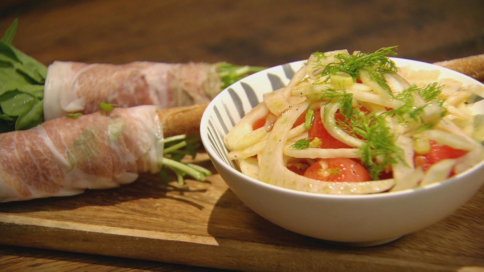 Tutti Frutti – Fruchtige Küche: Fenchel-Melonen-Salat mit Schinken-Rauke-Grissini