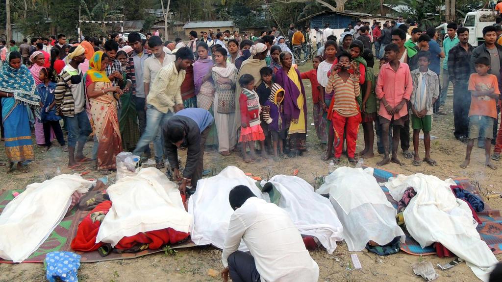 Viele Tote nach Schnaps-Vergiftung im indischen Assamr