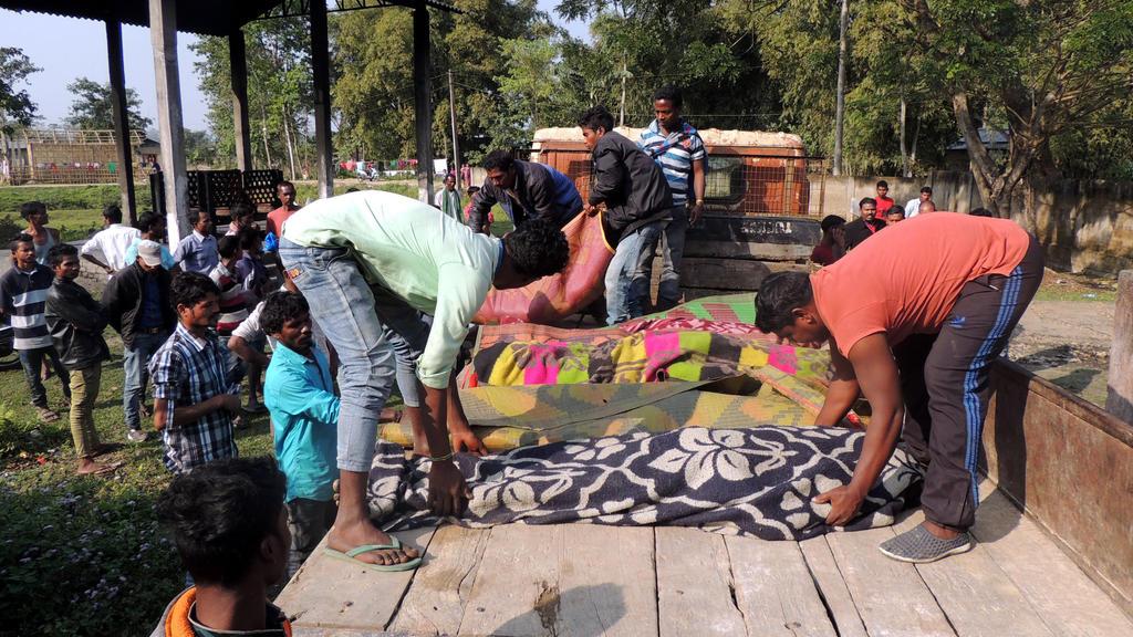 Viele Tote nach Schnaps-Vergiftung im indischen Assam