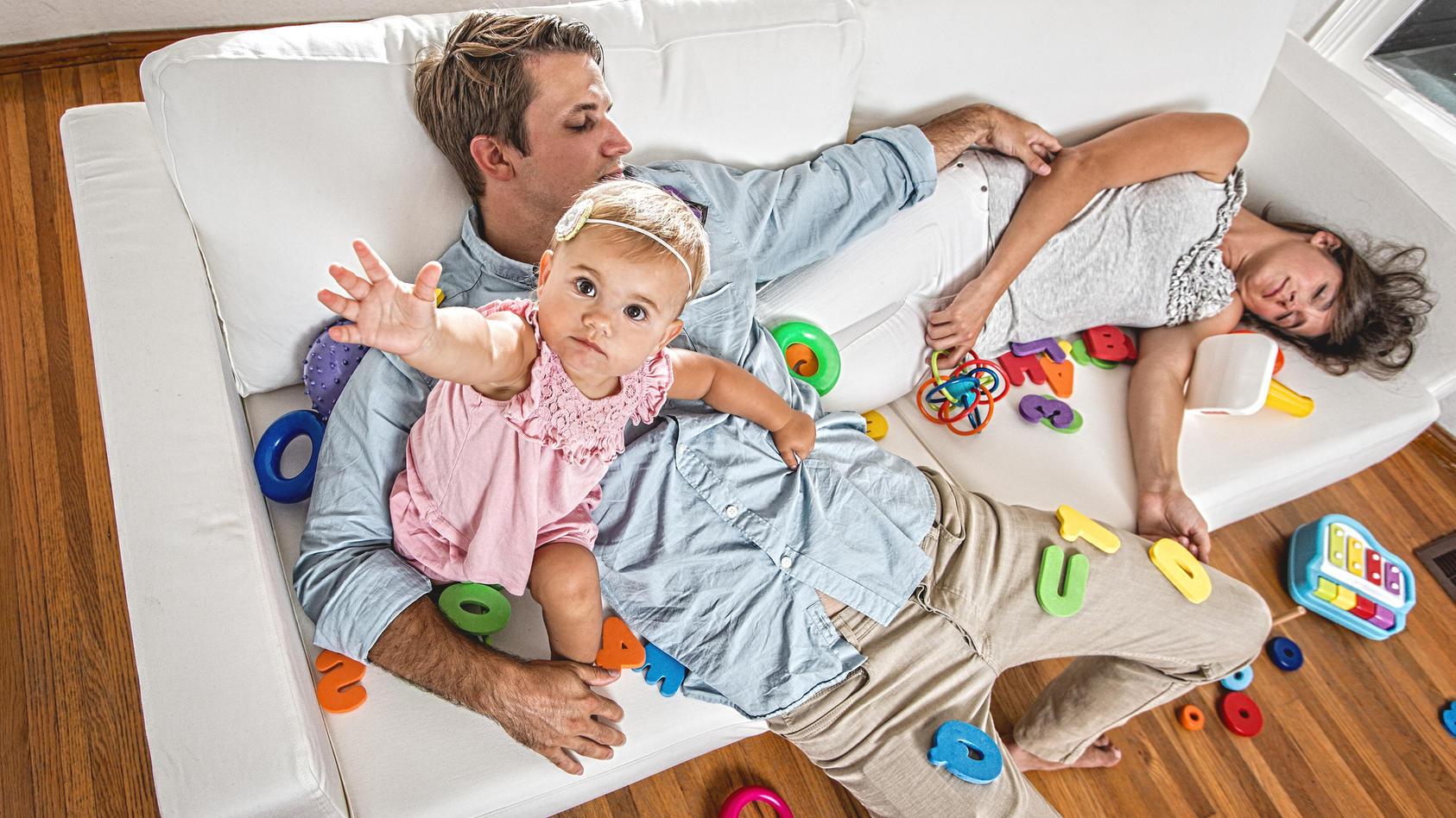 Mit Baby ist an ruhigen Schlaf erstmal nicht mehr zu denken...