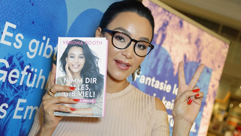 Verona Pooth bei ihrer Buchpräsentation.