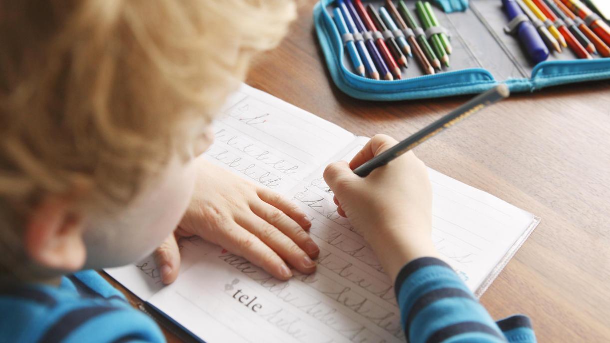"""Nordrhein-Westfalen will """"Schreiben nach Gehör"""" an Grundschulen abschaffen."""