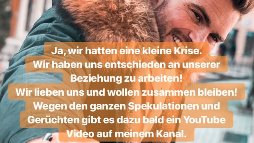 Johannes Haller zum Beziehungsstatus mit Yeliz Koc in seiner Instagram-Story.