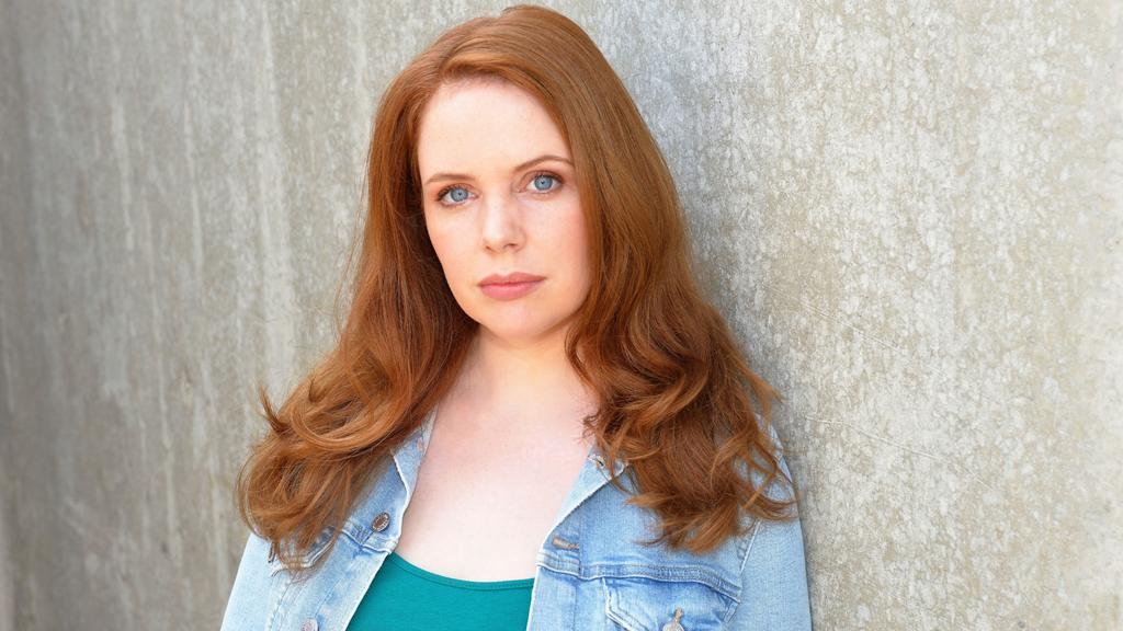 """Olivia Marei spielt Antonis """"Toni"""" Ahrens bei GZSZ."""