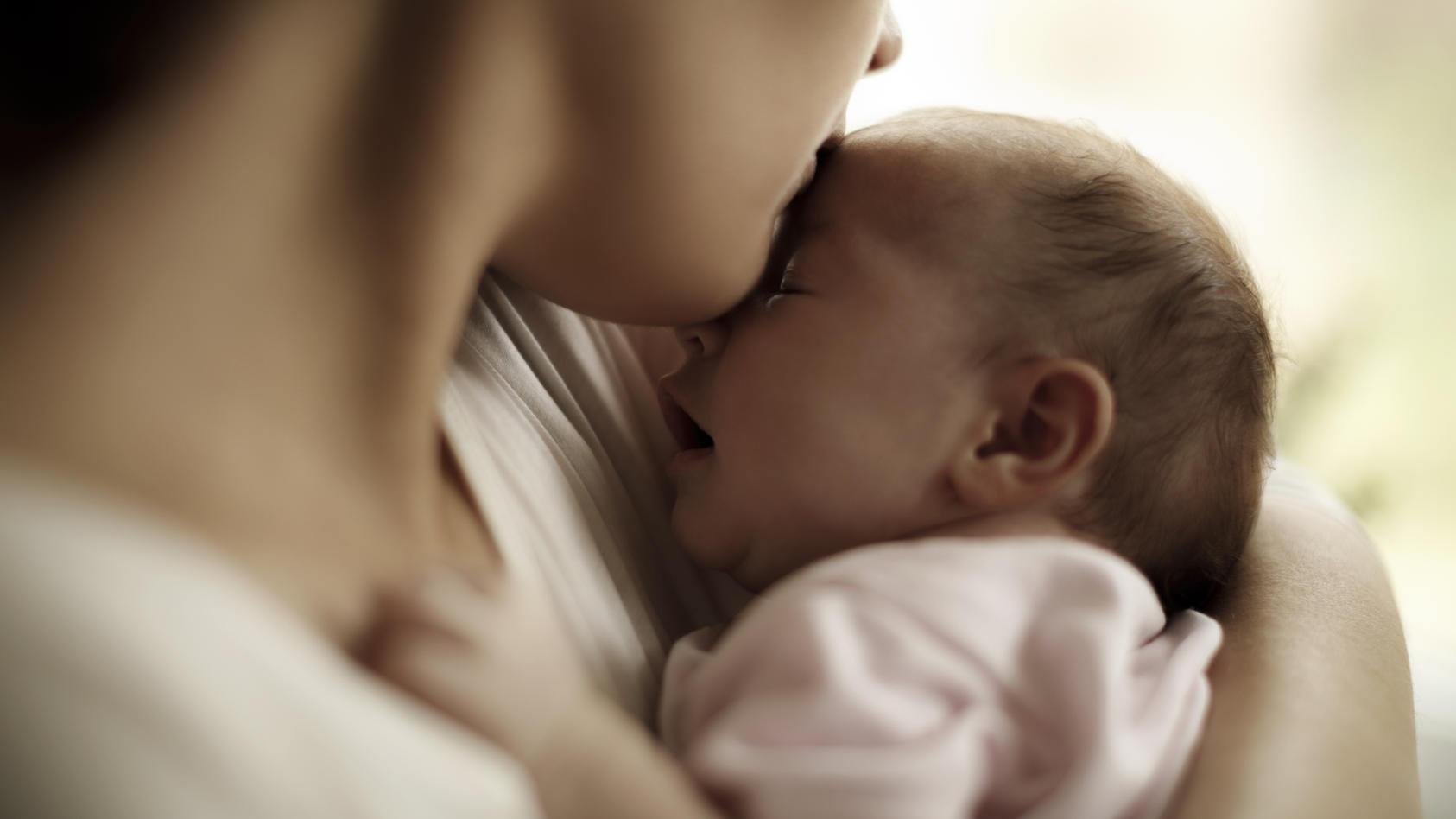 Wenn das Baby ohne Analöffnung auf die Welt kommt, kann das mit einer Operation erfolgreich behoben werden.