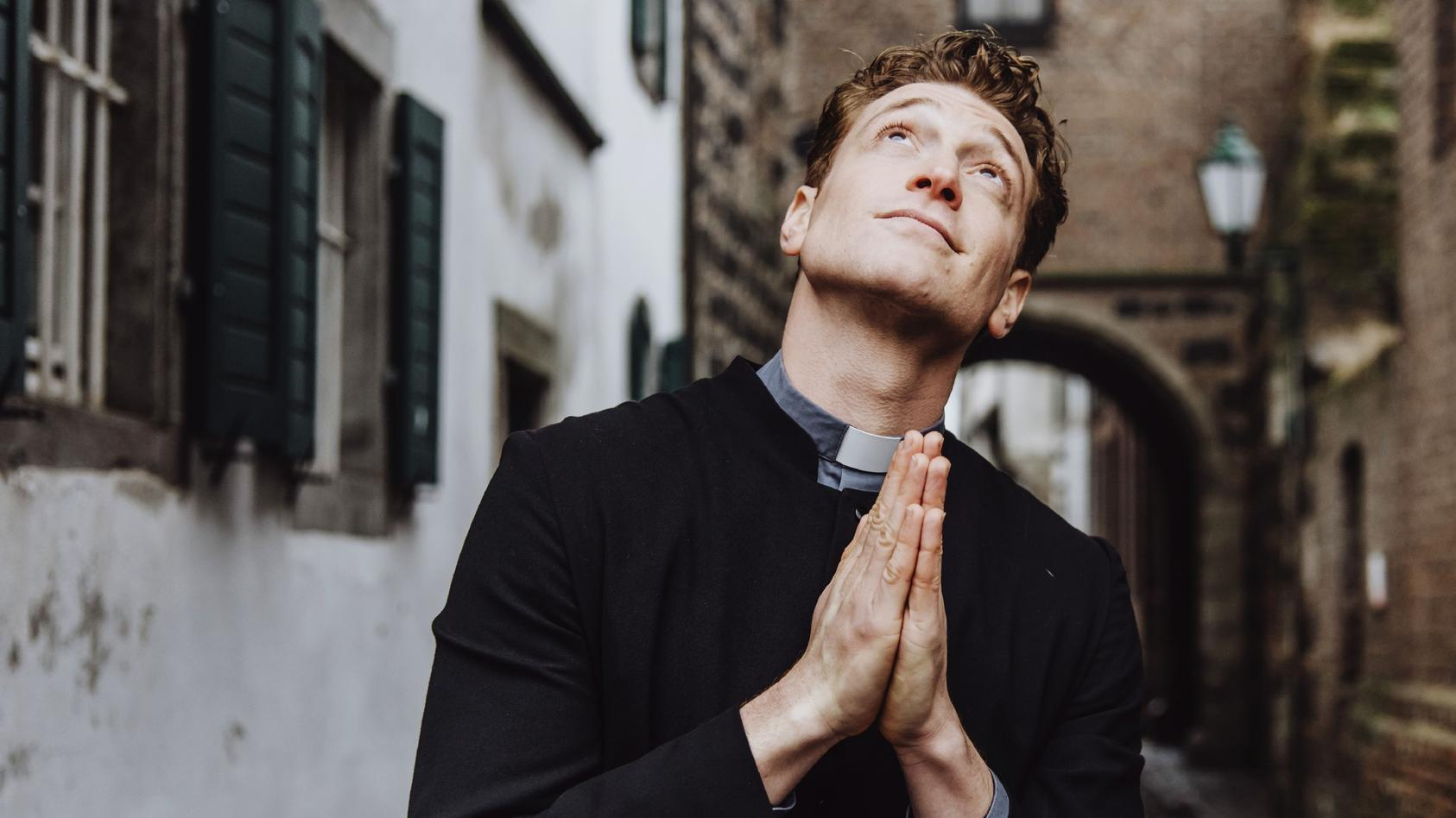 """Unsere Gebete wurden erhört: Es wird eine dritte Staffel von """"Sankt Maik"""" geben."""