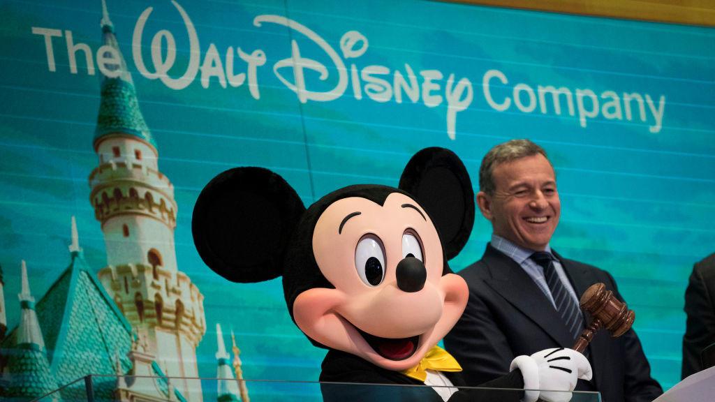 Disney-Chef Robert Iger gab die ersten Details zum neuen Videostreamingdienst Disney+ bekannt.