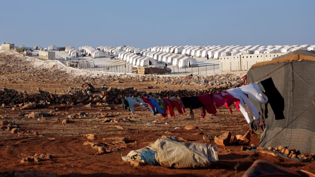 FILE PHOTO: A general view of the refugee camp near Atimah village, Idlib province, Syria, September 11 ,2018. REUTERS/Khalil Ashawi/File Photo