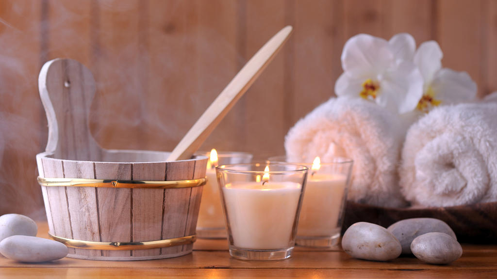 Dank niedriger Temperaturen eignet sich die Biosauna perfekt für Sauna-Anfänger, Kinder, ältere Menschen und Personen mit Kreislaufproblemen.