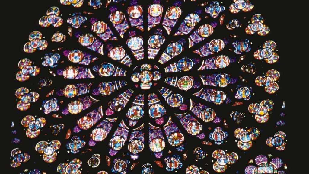 Das südliche Rosenfenster der Kathedrale 'Notre Dame' in Paris, aufgenommen 2001. | Verwendung weltweit