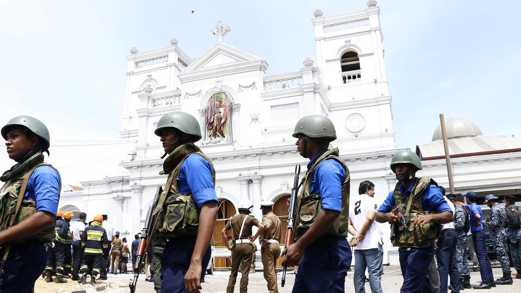 Militär in Sri Lanka: Die Explosionen in den Kirchen und Luxushotels fanden fast zeitgleich statt.