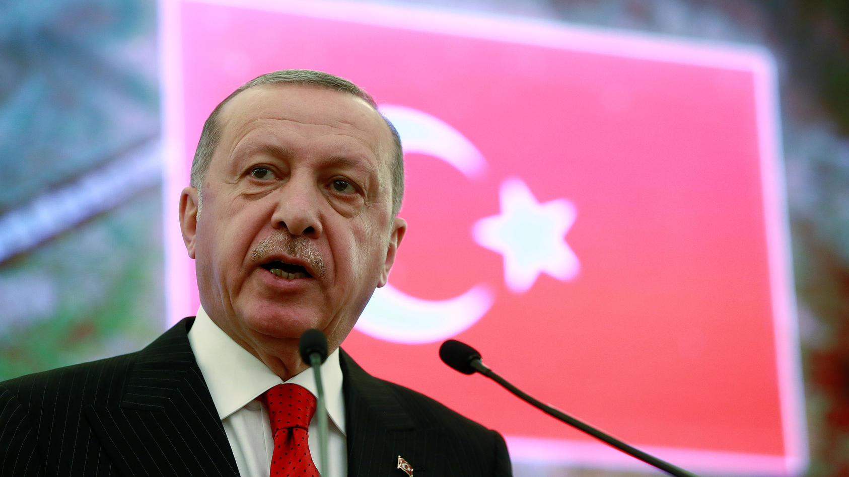 Der türkische Präsident  Erdogan hat Neuwahlen für Istanbul angeordnet.