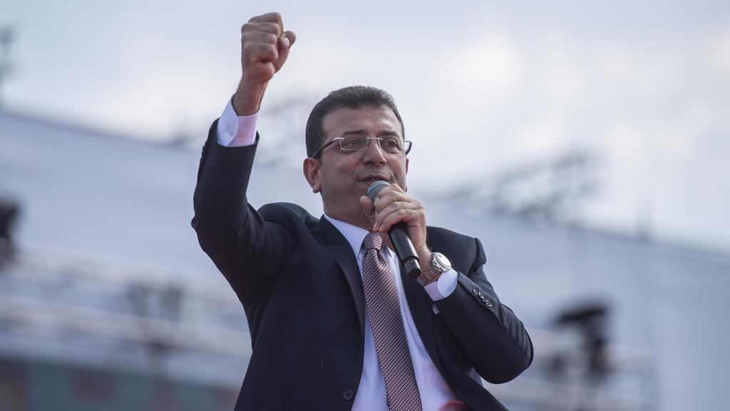 Ekrem Imamoglu, the new Mayor of Istanbul from Turkey s main opposition opposition Republican People s Party, addresses his supporters after he took over the office,at Maltepe in Istanbul, Sunday, April 21, 2019. Turkish authorities on Wednesday conf