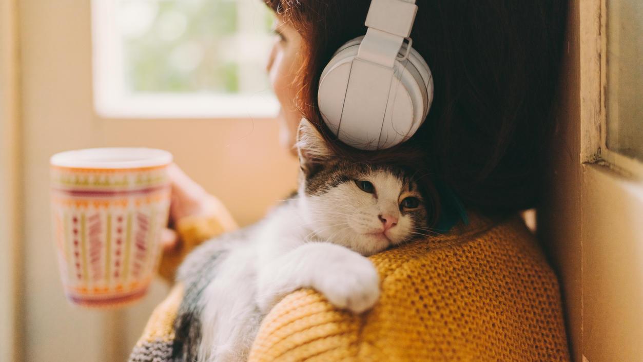 Zuhören und entspannen - mit dem richtigen Hörbuch klappt das.