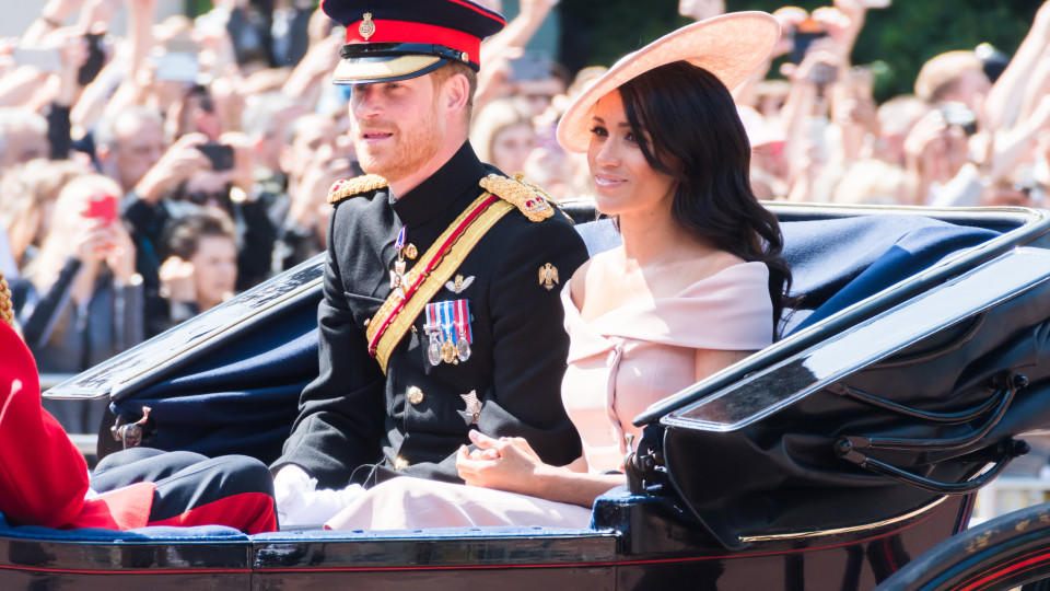 """Harry und Meghan bei der """"Trooping the Colour""""-Parade 2018."""