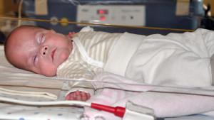 Die kleine Frieda kam nach nur 21 Wochen und 5 Tagen zur Welt - und sie lebt
