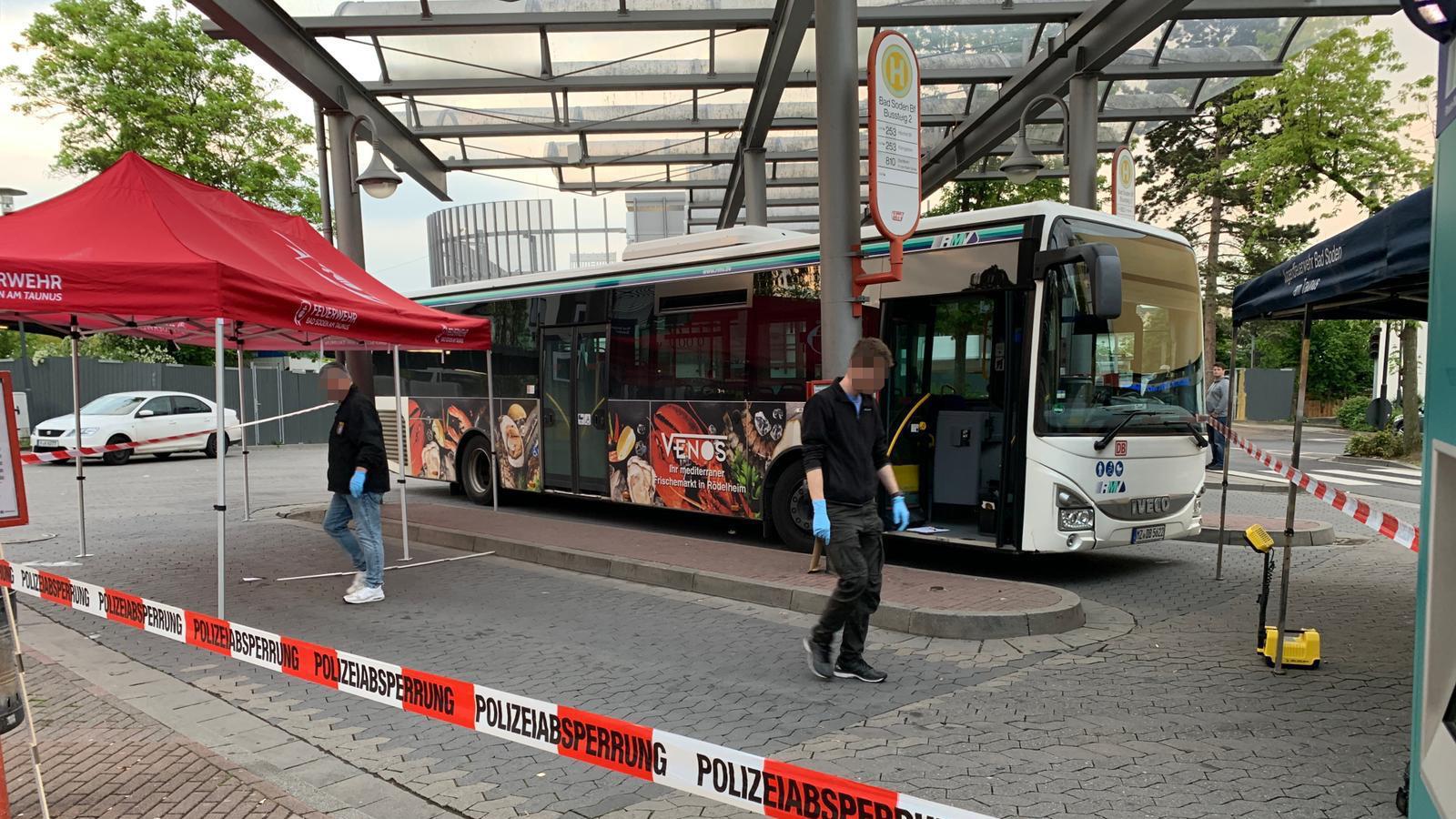 Bahnhof in Bad Soden am Taunus: Messerattacke auf Busfahrer