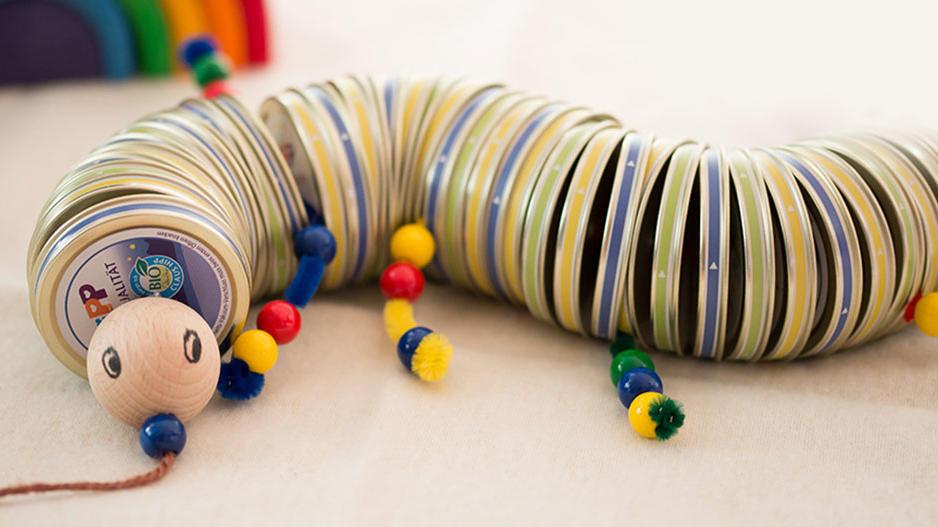 Selbstgemacht: Deckel-Wurm für Kids ab 6 Jahren.