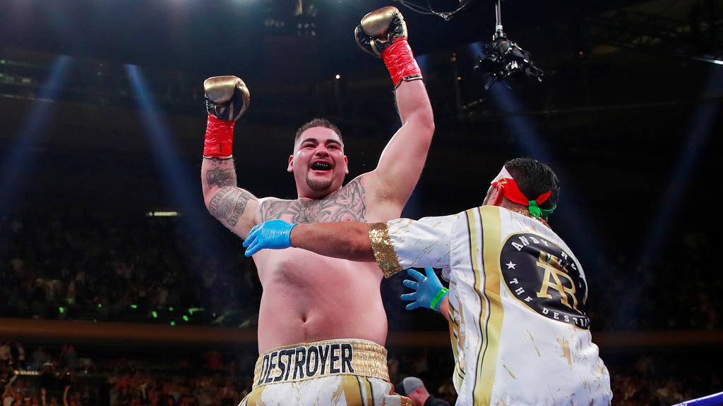Boxing - Anthony Joshua v Andy Ruiz Jr - WBA Super, IBF, WBO & IBO World Heavyweight Titles - Madison Square Garden, New York, United States - June 1, 2019   Andy Ruiz Jr celebrates winning the fight   Action Images via Reuters/Andrew Couldridge