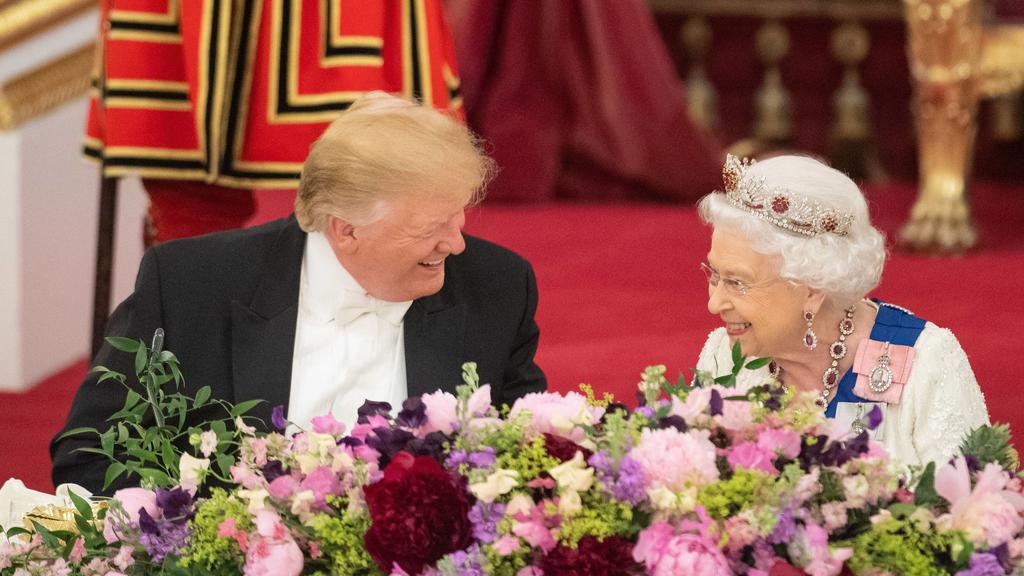 . 03/06/2019. London, United Kingdom. Queen Elizabeth II and President Trump at a State Banquet at Buckingham Palace in London on the first day of the PresidentÕs State Visit to the UK PUBLICATIONxINxGERxSUIxAUTxHUNxONLY xi-Imagesx/xPoolx IIM-19752-0