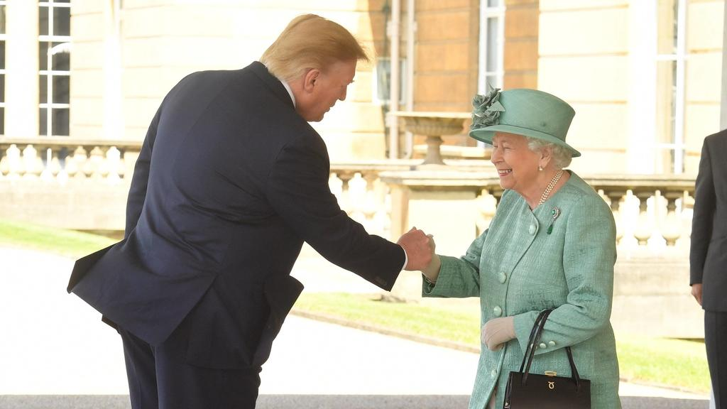 . 03/06/2019. London, United Kingdom. President Trump and his wife Melania with Queen Elizabeth II and The Prince of Wales and The Duchess of Cornwall at a Ceremonial Welcome at Buckingham Palace in London at the start of The PresidentÕs State Visit