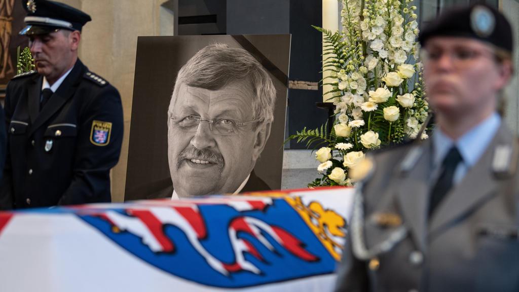Erschossener Regierungspräsident Lübcke in Heimatort beigesetzt
