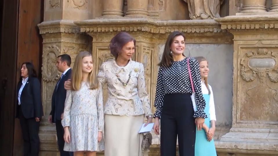 Zwischen Letizia von Spanien und ihrer Schwiegermutter Sofia knallte es beim Ostergottesdienst 2018.
