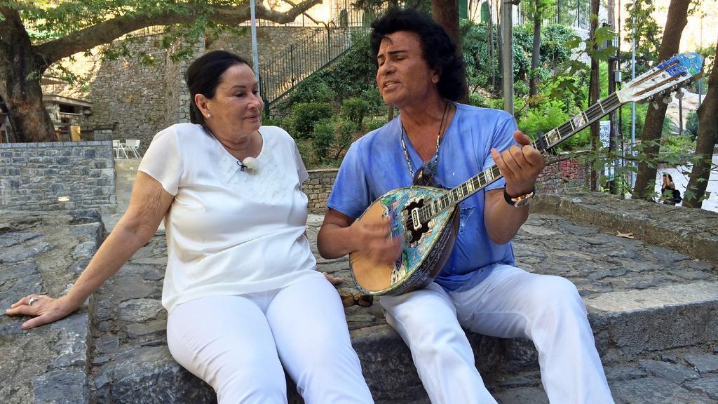 Costa Cordalis mit seiner Ehefrau.