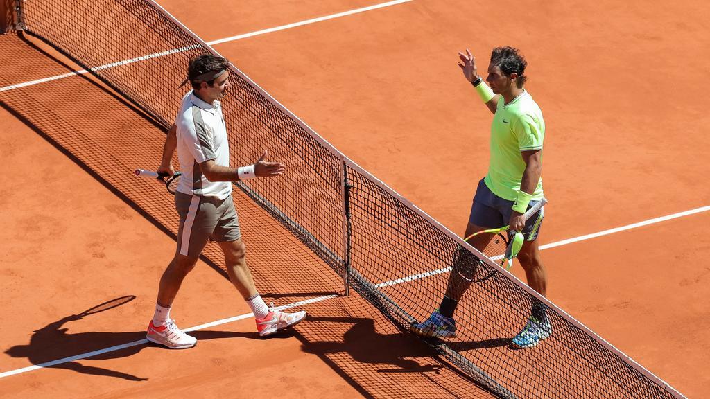Rafael Nadal (in Gelb) gegen Roger Federer