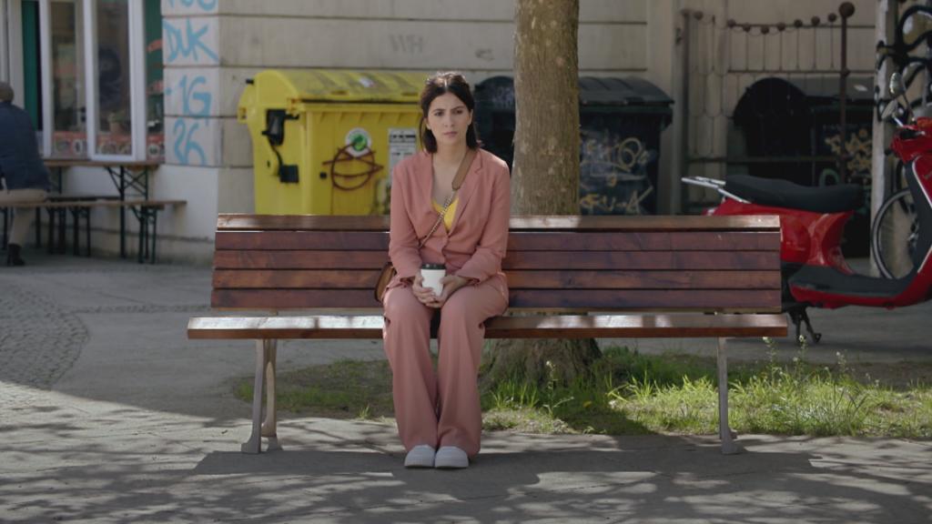GZSZ: Ihre Krankheit wirft Laura aus der Bahn. Ein normales Leben ist nicht mehr möglich.