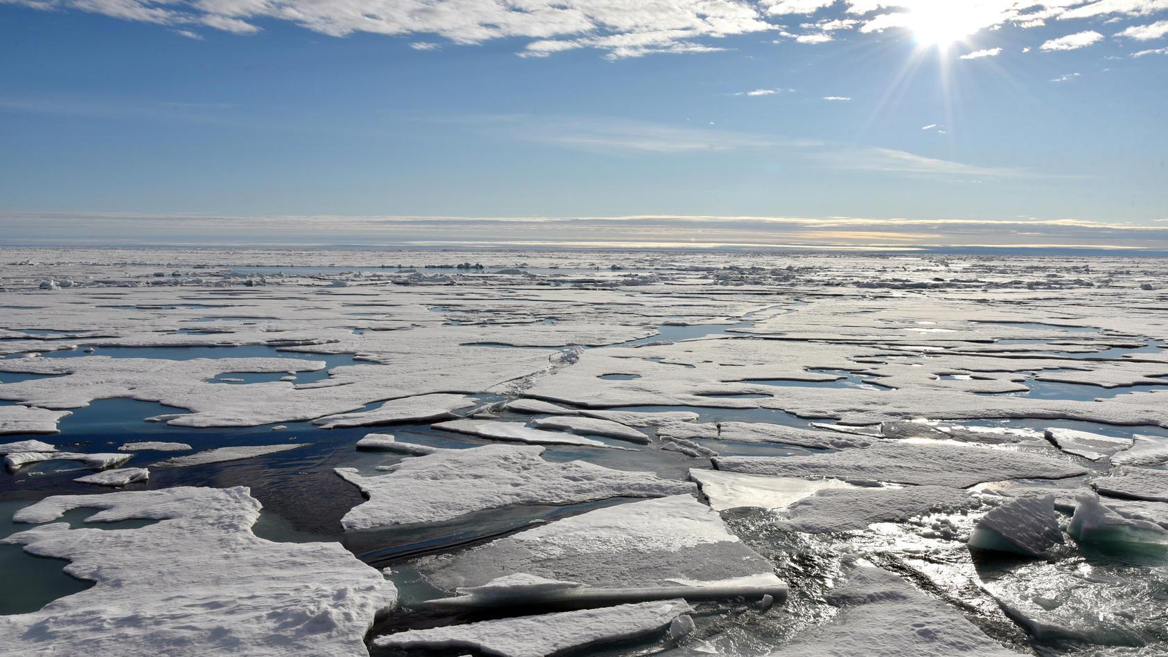 Die Ozonschicht, die Schutzschicht gegen die gefährliche UV-Strahlung wird nun auch am Nordpol dünner.
