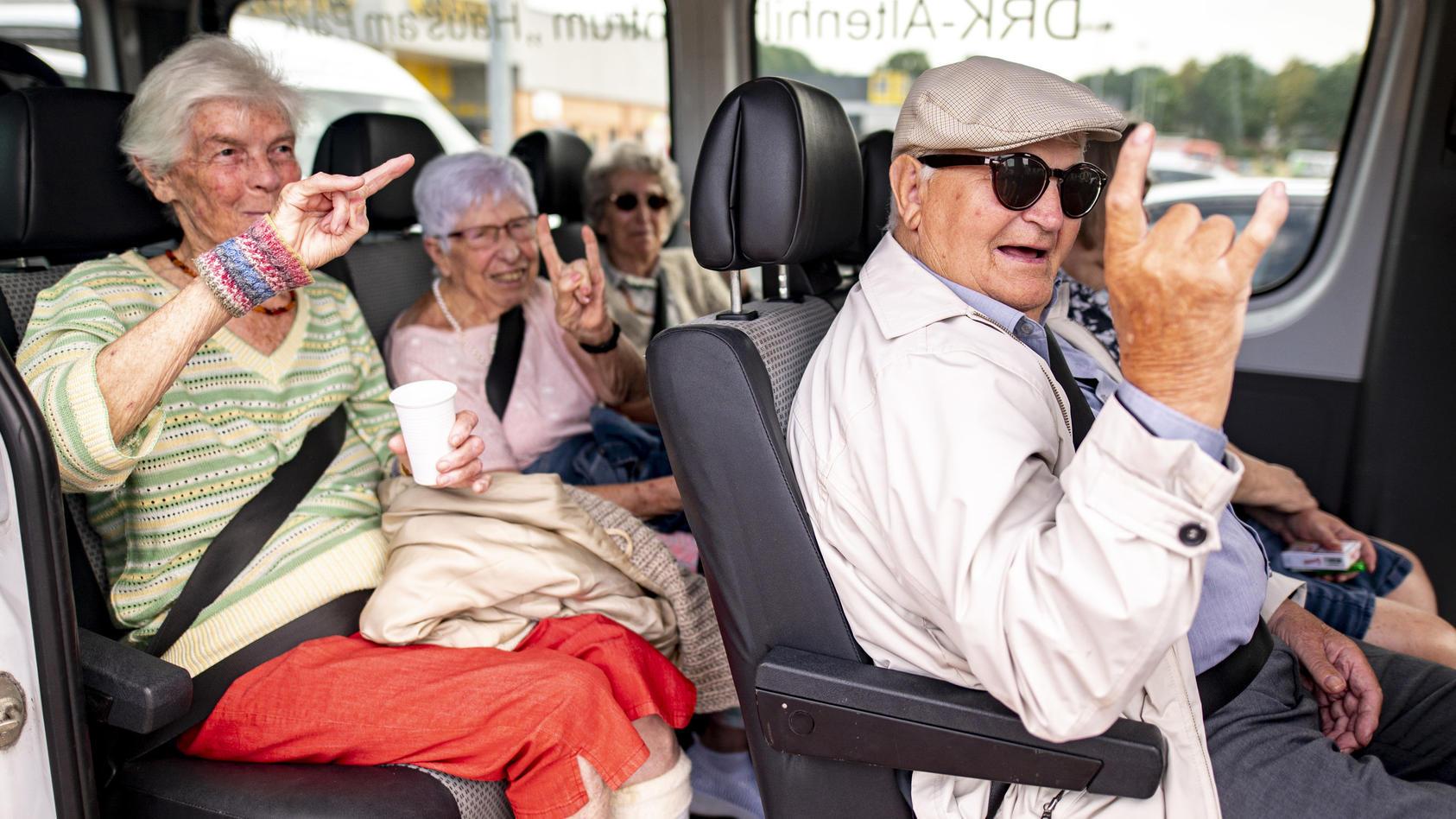 Auftakt Wacken-Festival: Auch die Seniorengruppe aus Heide ist dabei.