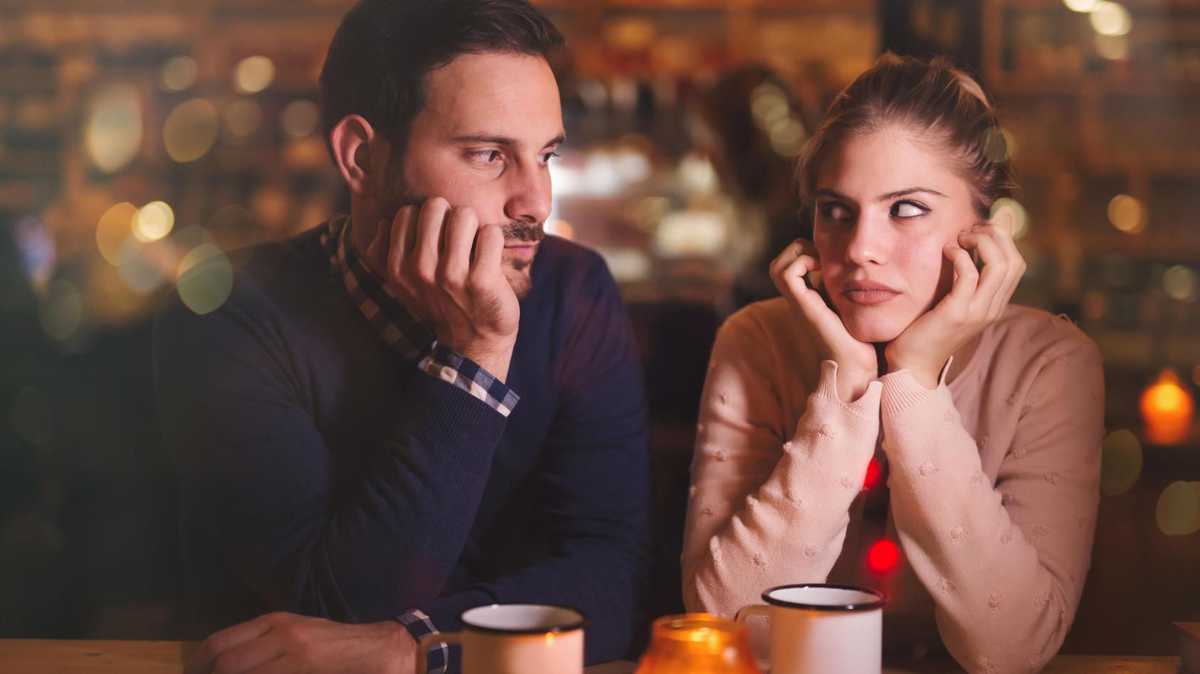 Mosting, Ghosting, ... Dank neuer, komplexer Dating-Regeln ist es mit der Liebe nicht mehr so einfach.