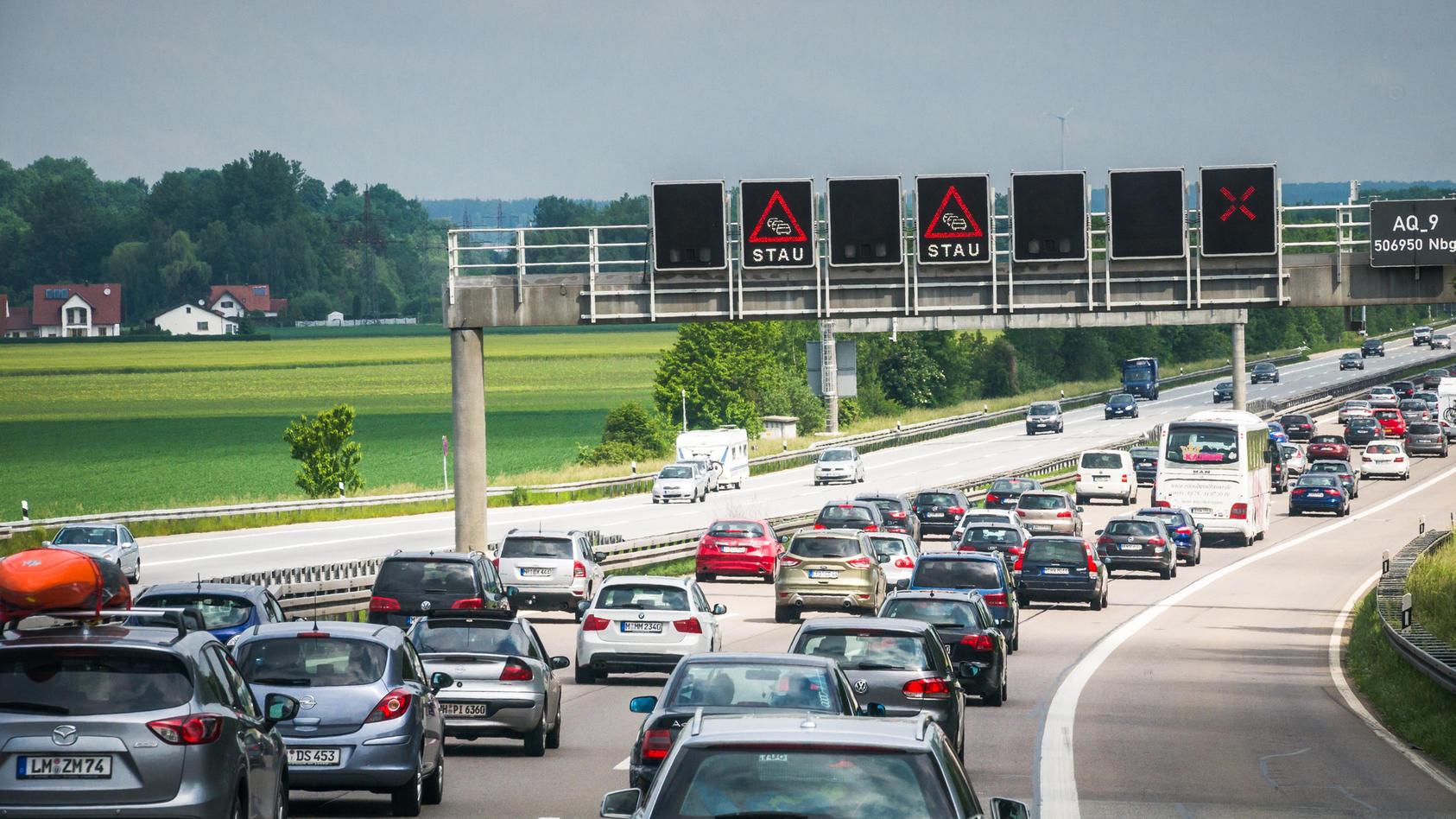 Am Wochenende herrscht auf vielen Autobahnen erhöhte Staugefahr.