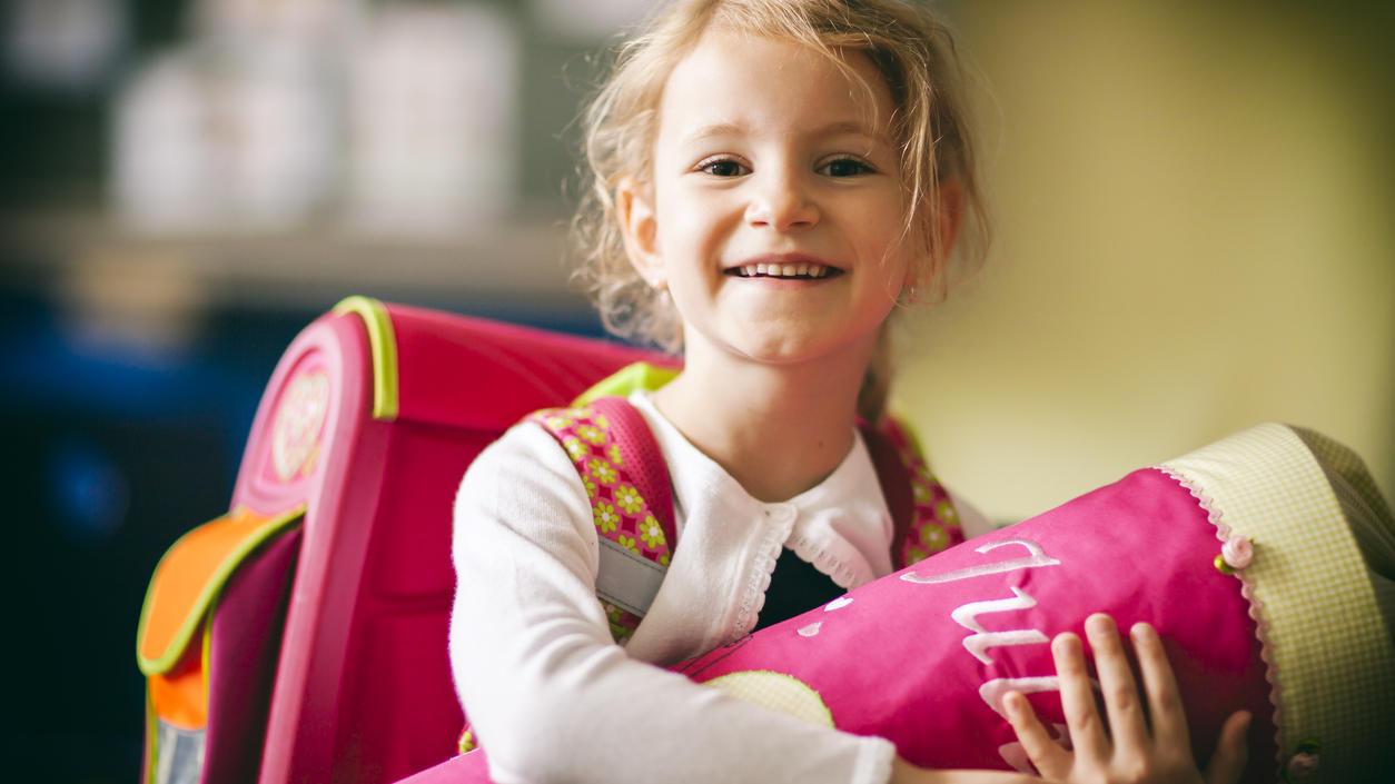 Manche Kinder freuen sich auf den ersten Schultag, andere hingegen sind ängstlich und nervös.