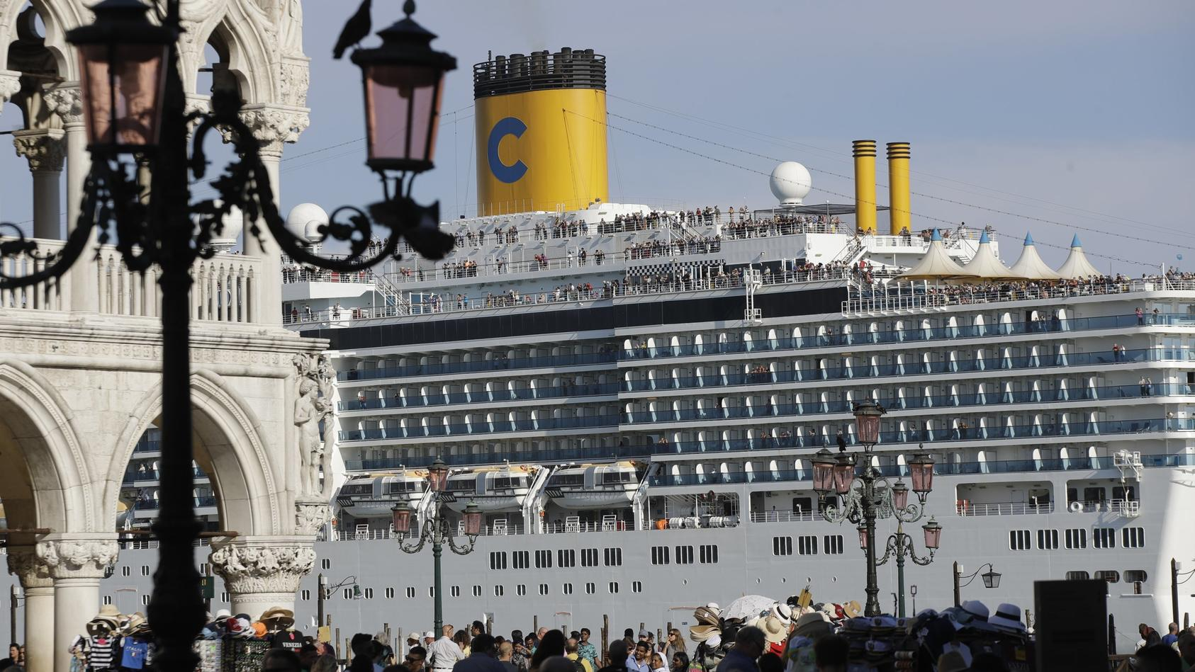 """Kreuzfahrtschiff """"Costa Deliziosa"""" in Venedig: Diese Szene wird es zukünftig nicht mehr geben."""