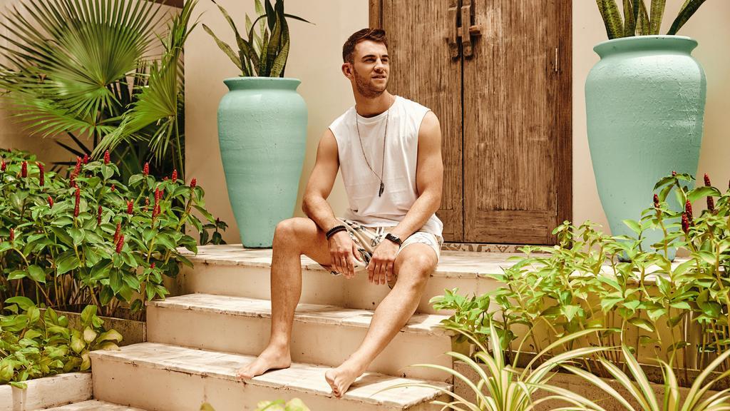"""Nachdem es bei der Bachelorette für Serkan Yavuz nicht geklappt hat, zieht zu """"Bachelor in Paradise""""."""