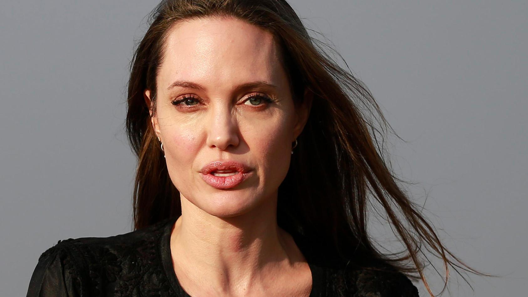 Angelina Jolie will nicht länger Single sein