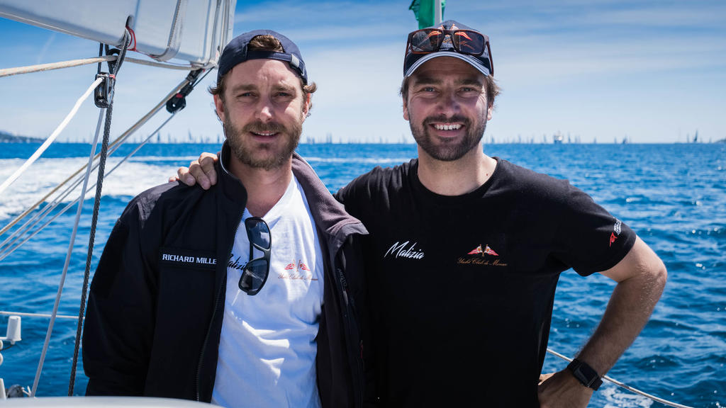 Profisegler Boris Herrmann (r) und Pierre Casiraghi an Bord der Hochseejacht «Malizia». Die schwedische Klimaaktivistin Thunberg will am 14.08.2019 von Großbrit