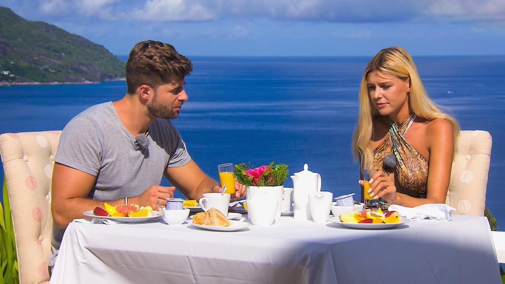 Marco und Gerda beim Dreamdate-Frühstück