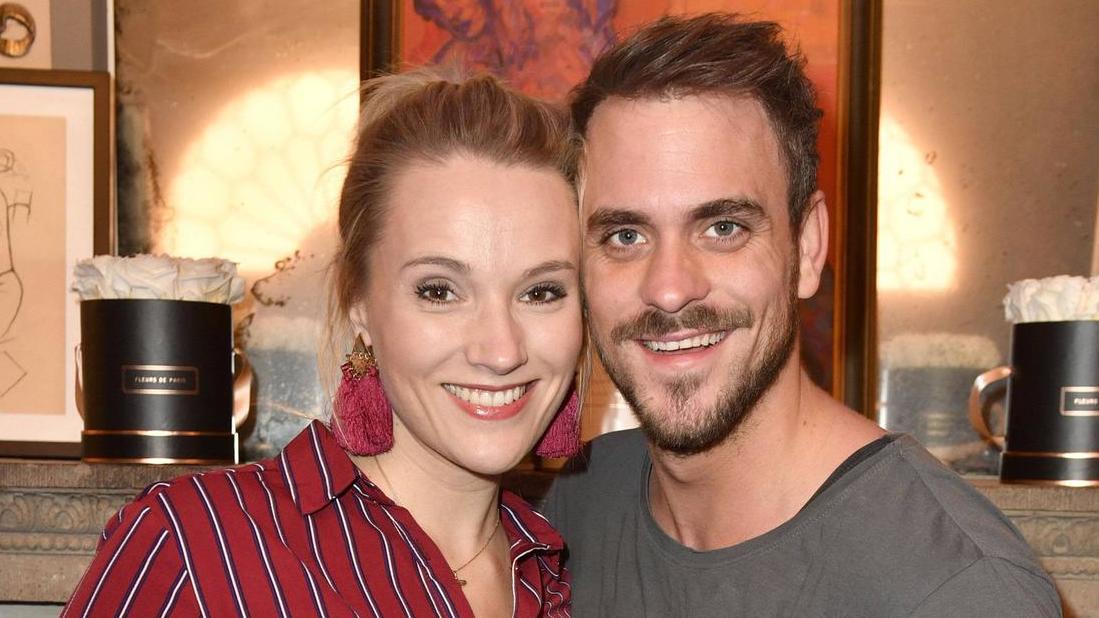 Marc Barthel und Anna Hofbauer erwarten ihr erstes Kind.