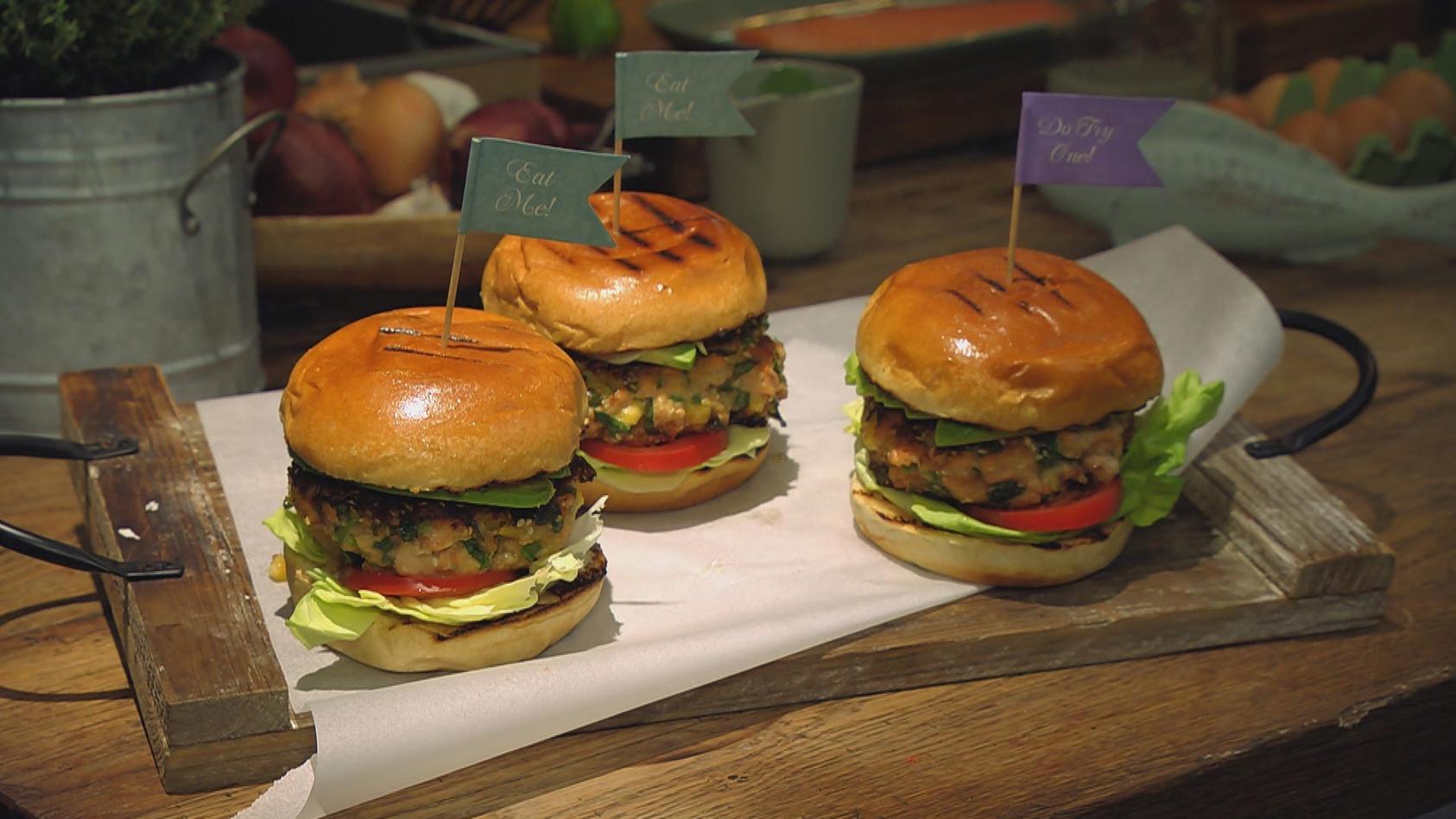 Modern Fish – Meereslust kreativ aufgetischt: Lachs-Burger