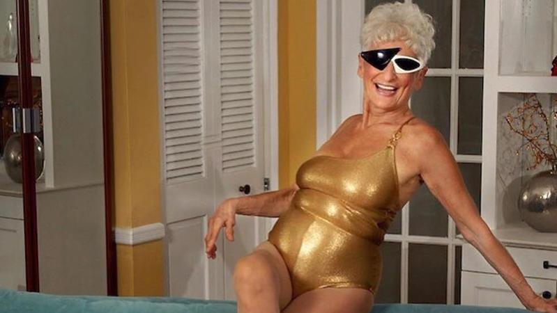 Hattie Retroage ist mit ihren 83 Jahren wahrscheinlich die älteste Tinder-Nutzerin der Welt.