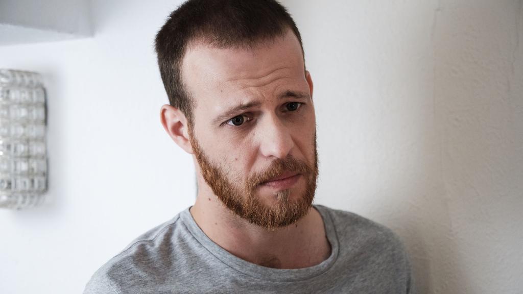 """""""Unter uns"""": Tobias will Vivien seine Gefühle gestehen"""