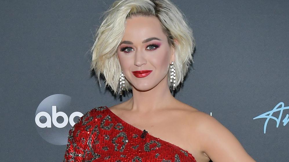 Katy Perry hat sich durch Orlando Blooms Sohn sehr verändert.