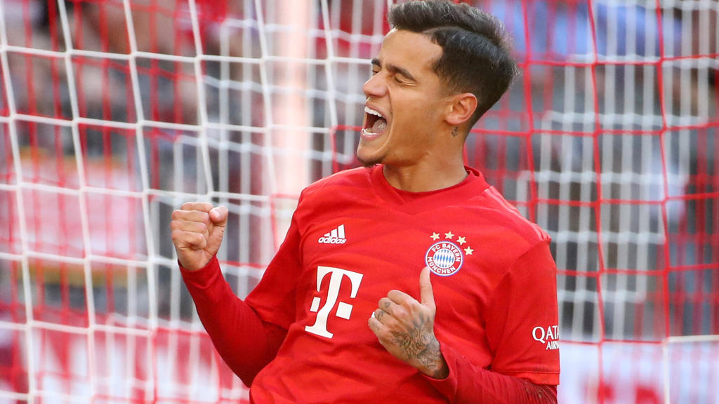 Soccer Football - Bundesliga - Bayern Munich v FC Cologne - Allianz Arena, Munich, Germany - September 21, 2019  Bayern Munich's Philippe Coutinho celebrates scoring their third goal     REUTERS/Michael Dalder  DFL regulations prohibit any use of pho
